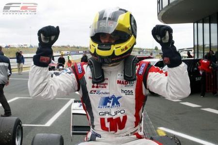 Andy Soucek se acerca al título de la F2