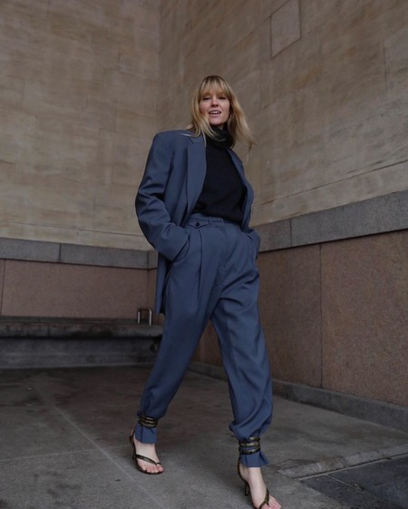 Street Style Sandalias Tobilleras Encima Pantalon 04
