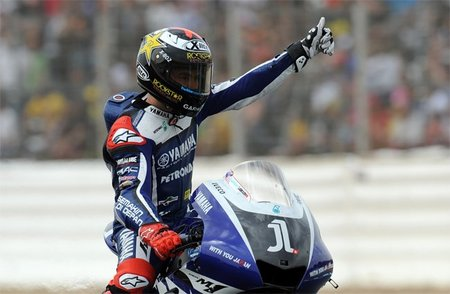 MotoGP España 2011: victoria de Jorge Lorenzo en una carrera de resistencia