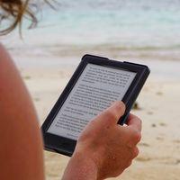 Así es el lector digital en España: nocturno, dominguero y con preferencia por las tablets y los smartphones
