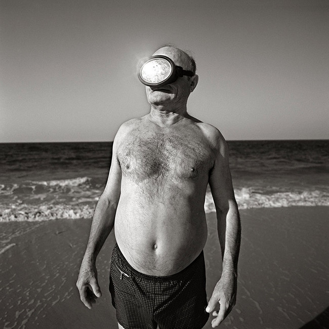 Cuando ni un fotógrafo de prestigio como Juan Manuel Díaz Burgos puede donar su obra...
