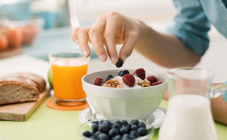 Cinco claves para no pasar hambre si estás a dieta para perder peso