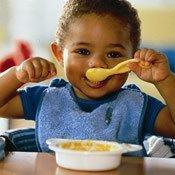 Las papillas para bebés no son tan buenas según una experta en nutrición