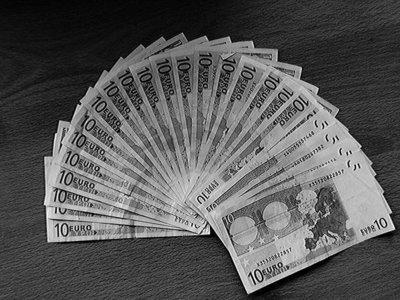 Montoro y el morbo: la lista de defraudadores fiscales se publicará en dos meses