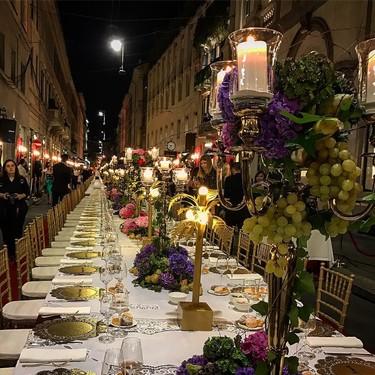Dolce & Gabbana organiza una cena para 400 personas en mitad de las calles de Milán. ¡El exceso italiano en estado puro!