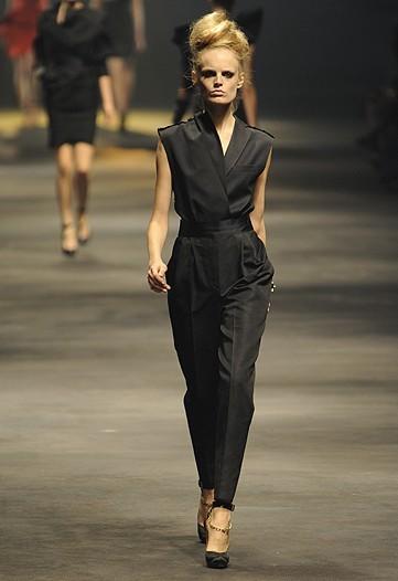 Foto de Lanvin, Primavera-Verano 2010 en la Semana de la Moda de París (4/15)