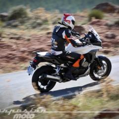 Foto 11 de 23 de la galería honda-vfr800x-crossrunner-accion en Motorpasion Moto