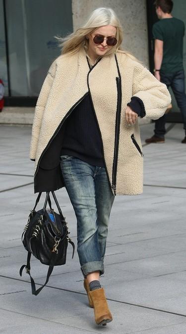 Fearne Cotton (embarazada o no) se abriga con mucho estilo