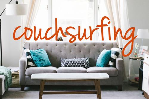 """Couchsurfing se ha quedado sin ingresos y solicita un pago a sus usuarios para iniciar sesión: """"No tenemos otra opción"""""""