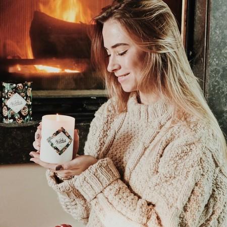 17 velas y ambientadores que hemos olido y son perfectos para regalar o crear un ambiente acogedor esta Navidad