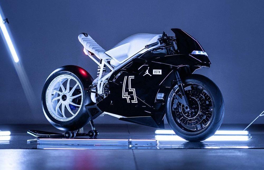 Foto de Ducati 916 BSTN (7/8)