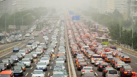 El lado oscuro del crecimiento económico: los problemas medioambientales