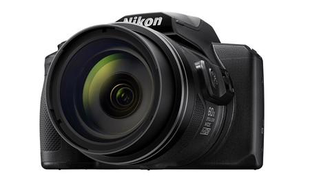 Nikon Coolpix B600 01