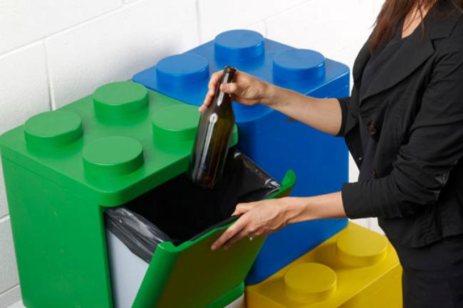 Cubo de reciclaje Lego