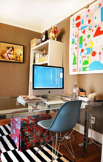 Foto de puertas abiertas un despacho femenino 4 4 for Decorar un despacho femenino