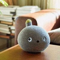 Nicobo es un adorabilísimo robot de compañía de Panasonic que interactúa y... se tira pedos
