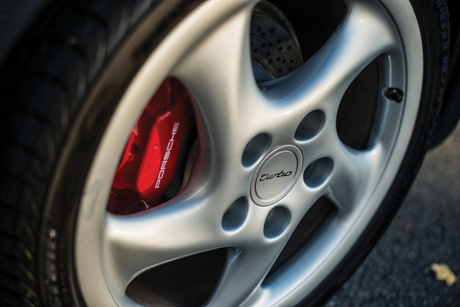 Foto de Porsche 993 Turbo Cabrio (7/18)