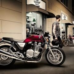 Foto 25 de 30 de la galería novedades-salon-de-colonia-2012-honda-cb1100 en Motorpasion Moto