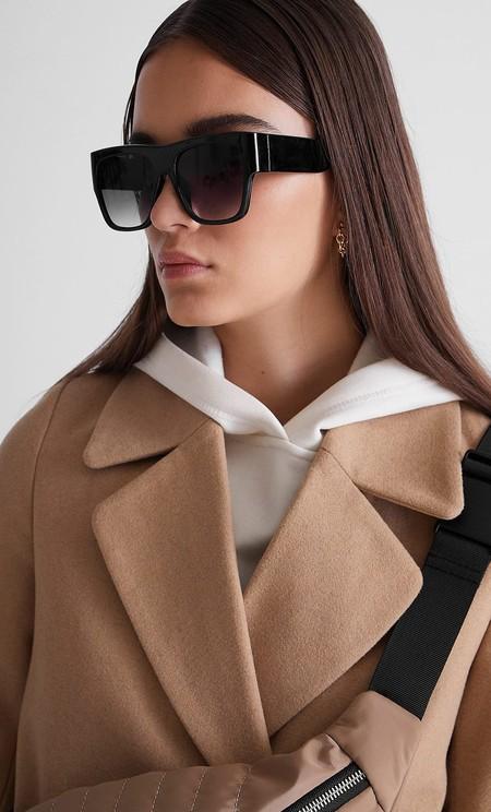 Stradivarius elige el abrigo como la prenda protagonista de su nuevo lookbook