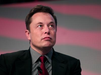 Elon Musk: o los humanos se fusionan con las máquinas, o la inteligencia artificial nos hará irrelevantes