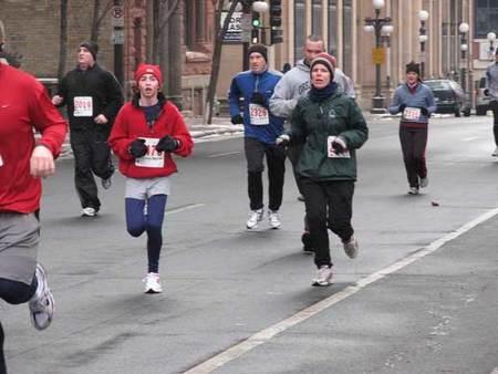 Sencillos gestos para no poner en riesgo nuestra salud cuando salimos a correr en invierno