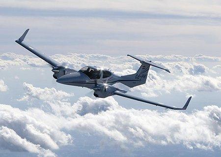 El bimotor DA42 NG de Diamond Aircraft Industries, el placer del vuelo privado