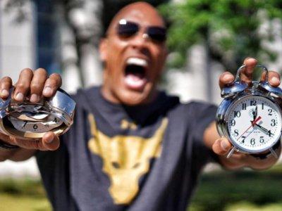 'The Rock Clock', Dwayne Johnson quiere despertarnos cada día y motivarnos a cumplir nuestras metas