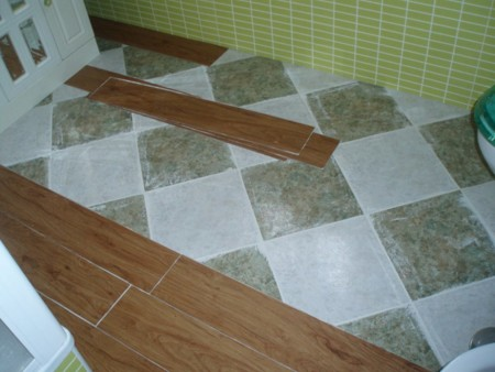 5 trucos low cost para renovar el ba o sin obras - Azulejos vinilicos ...