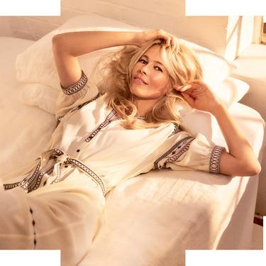 Claudia Schiffer es la nueva imagen de ba&sh, una de las marcas de moda preferida de las influencers como Paula Echevarría y Sara Carbonero