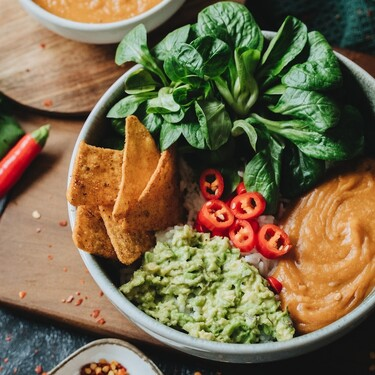 Salsa de cacahuate y chile de árbol. Receta fácil y rápida