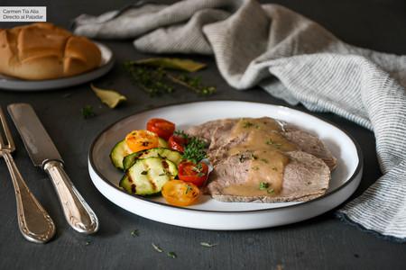 Redondo de ternera asado, trucos para que quede jugoso y con mucho sabor: receta con vídeo incluido