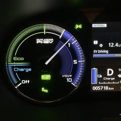 Foto 26 de 28 de la galería mitsubishi-outlander-phev-2020-prueba en Motorpasión