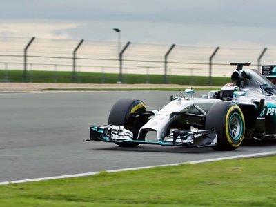 Jorge Lorenzo y su contacto con la Fórmula 1, aquí tienes el vídeo con el Mercedes W05