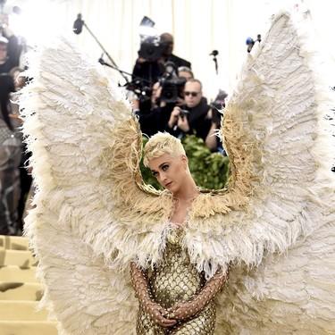 Desvelamos el misterio: ¿cómo pudieron llegar Blake Lively, Sarah Jessica Parker y Katy Perry a la Gala MET?