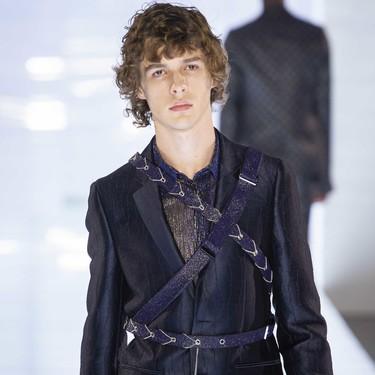 La Haute Couture se apodera de los más elegantes looks masculinos en sus pasarelas de invierno