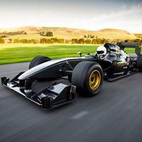 Rodin FZED: un brutal monoplaza con motor V8 Cosworth de 684 CV y menos de 600 kilos de peso