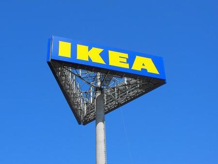 Ikea pide disculpas treinta años después