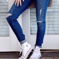 Chollos en tallas sueltas de pantalones, camisetas y camisas Levi's a la venta en Amazon