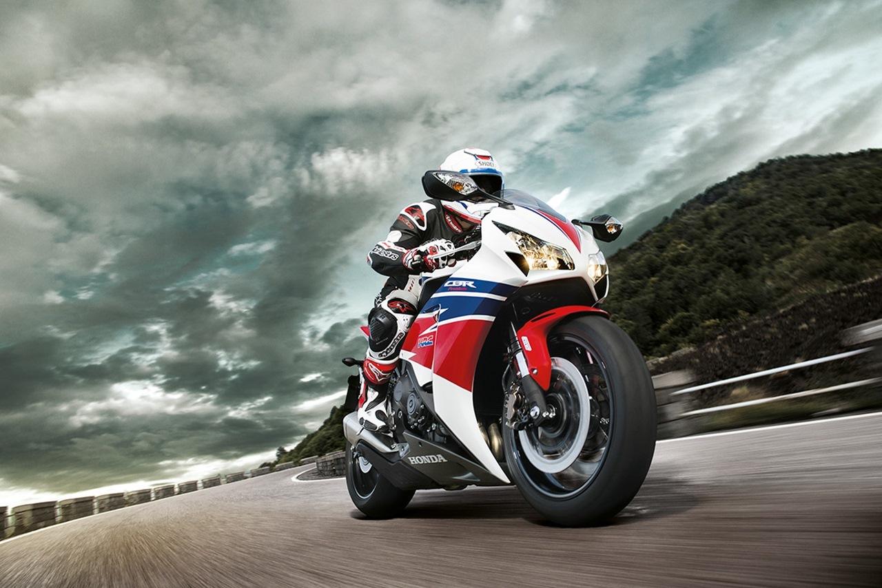 Foto de Honda CBR1000RR (1/10)