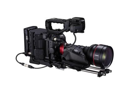 Canon C300 MK III: llega a Europa la primera cámara de cine de Canon que podrá grabar con doble ISO junto con un nuevo objetivo 8K