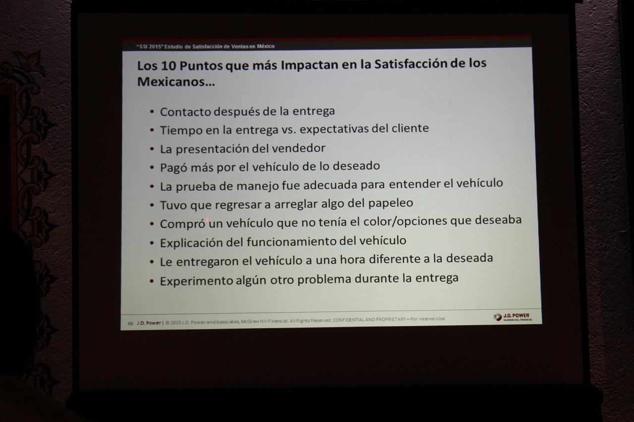 Foto de Dodge y Mercedes-Benz a la cabeza del Estudio  de Satisfacción al Cliente de J.D. Power en México (8/9)