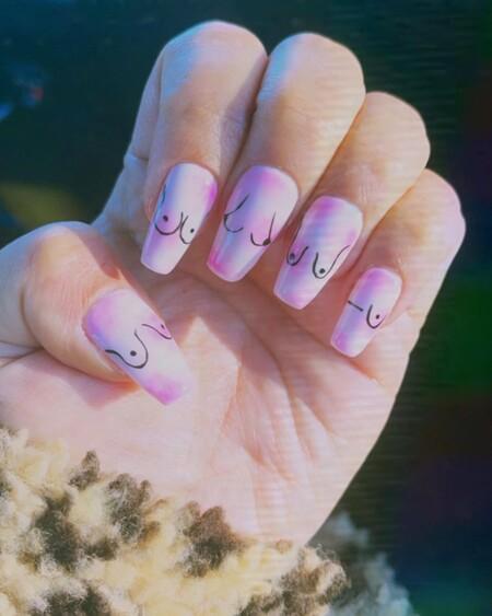 manicura uñas con pechos demi lovato