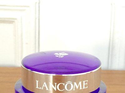 Probamos la crema de noche Rénergie Multi-Lift de Lancôme, una delicia mientras duermes