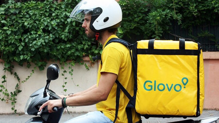 Glovo delivery man