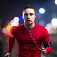 ¿Corres de noche? Consejos para una mayor seguridad