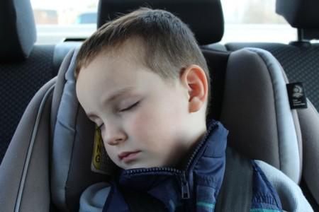 encuesta niños coche padres conductores hábitos ford