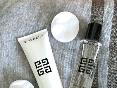 Si todavía no das importancia a la limpieza facial, apunta sus beneficios y deja que tu piel disfrute más la primavera
