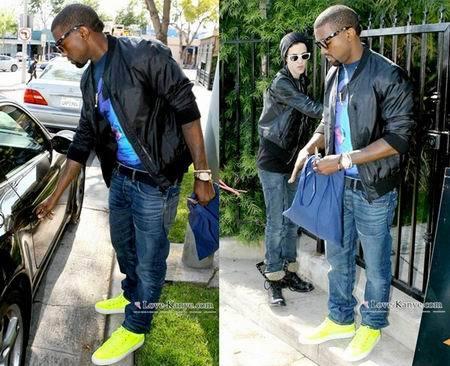 Kanye West y sus deportivas flúor
