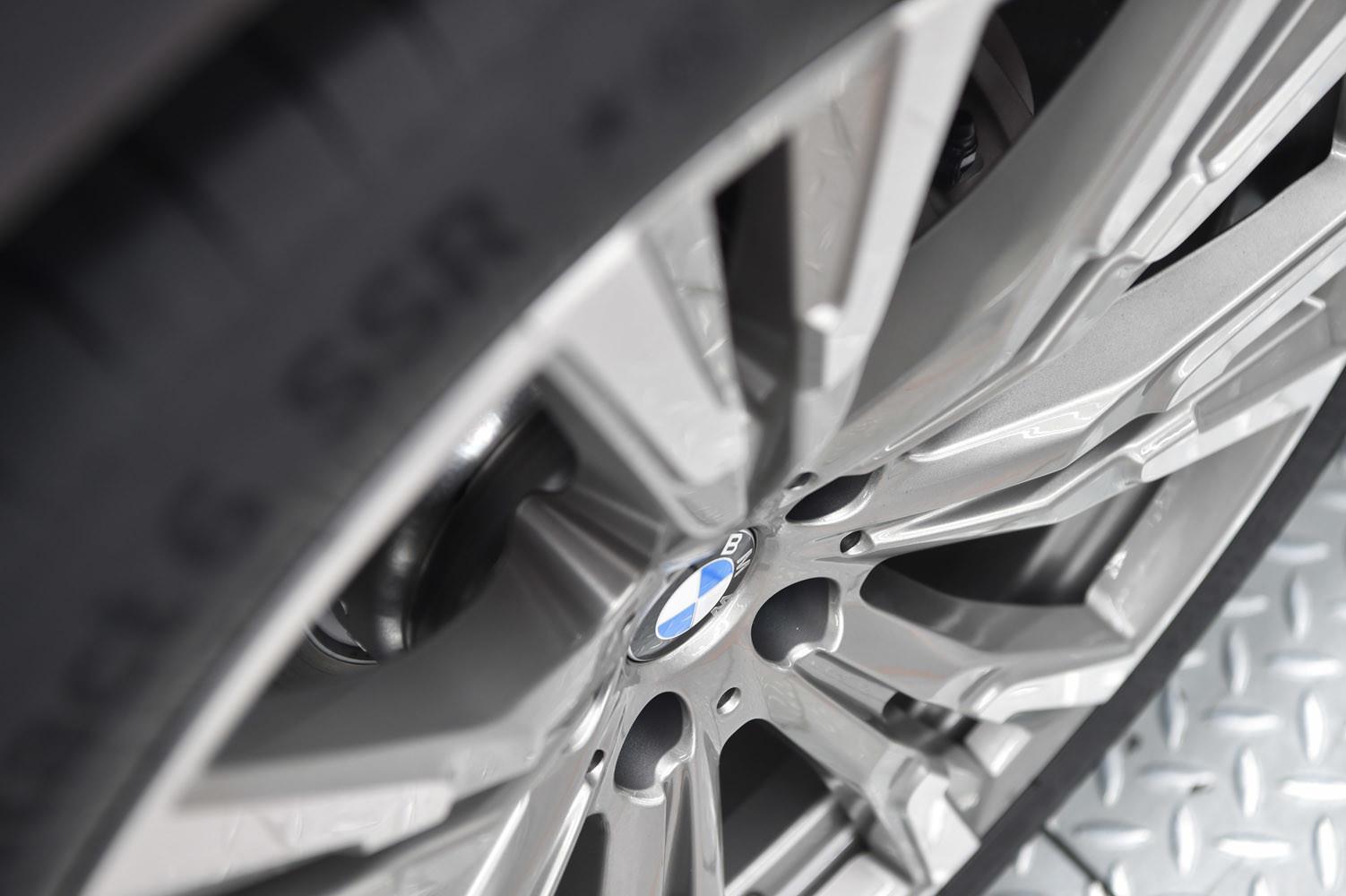 Foto de BMW X7, primeras unidades preserie (20/33)