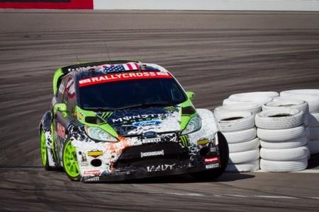 El equipo Monster nos enseña cómo transformar un coche de rallyes en uno de rallycross